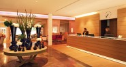 travel_charme_hotel_ifen_lobby_reception_800x430_web