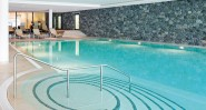 travel_charme_hotel_ifen_puria_premium_spa_innenpool_800x430_web