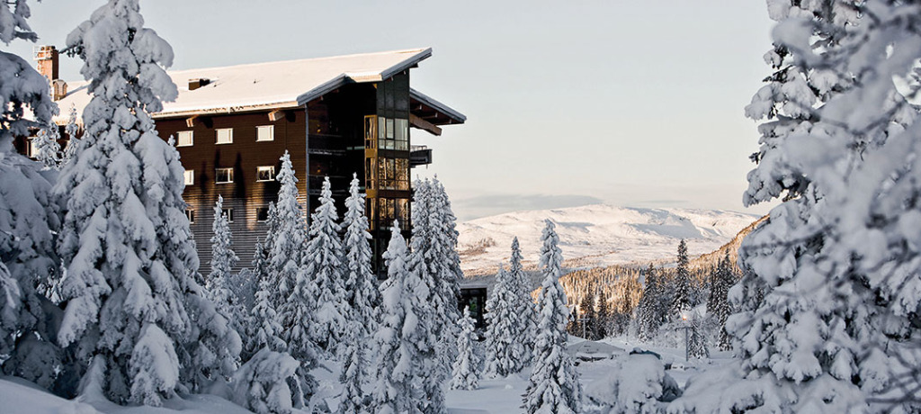 copperhill_mountain_lodge_winter_aussen_1074x483_web
