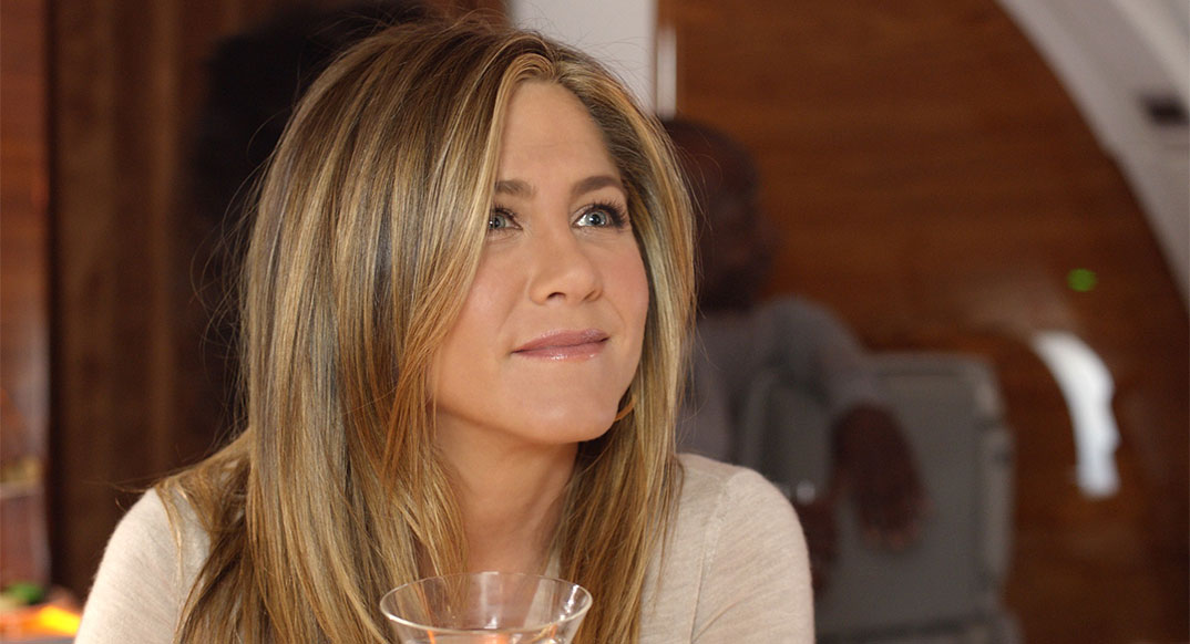 emirates_tv_spot_jennifer_aniston_1074x482_web